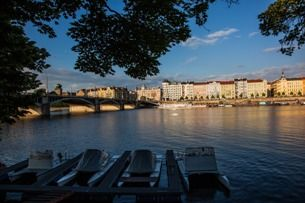 Do you want to enjoy yourself in the city centre of Prague like the locals? Visit the Riverside!