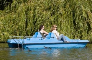 Discover another dimension of the city centre – the summer in Prague means pedal boats