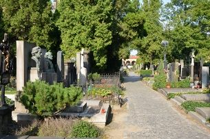 The Vyšehrad cemetery and Slavín – the unique resting place
