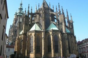 St. Vitus Cathedral: the holiest place in Bohemia full of artworks and treasures