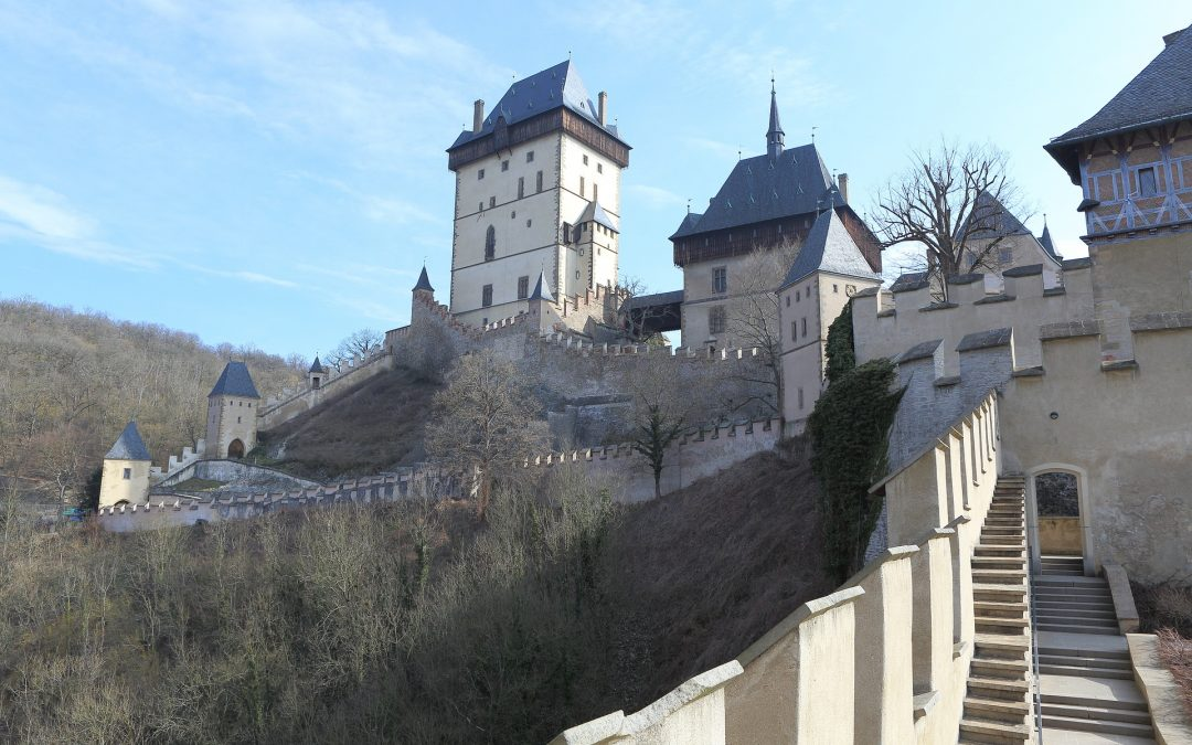 Winter weekend tip: snow-covered Karlštejn Castle and the interior tour
